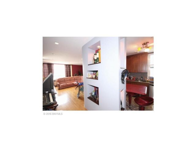 3 BR,  2.00 BTH  Rental style home in Coney Island